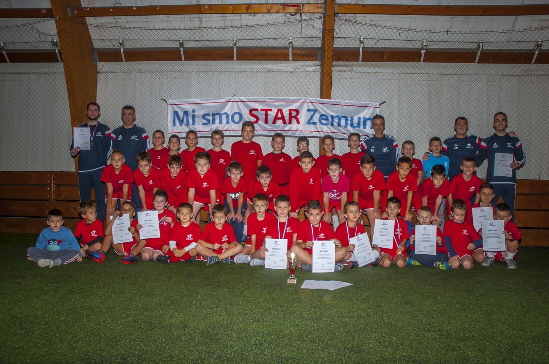 Dvanaest godina za ponos: Igrači i treneri FK STAR u sezoni 2018/2019. obeležili su rođendan kluba!